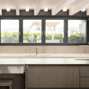 Tipos de ventanas de aluminio y pvc distintas marcas for Cocinas integrales de alta gama