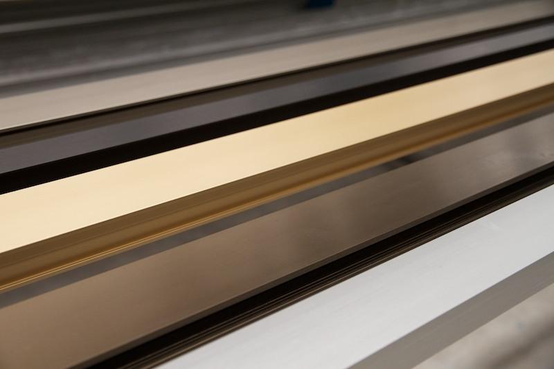 Los tipos de acabados del aluminio seg n textura y el color - Tipos de perfiles de aluminio ...